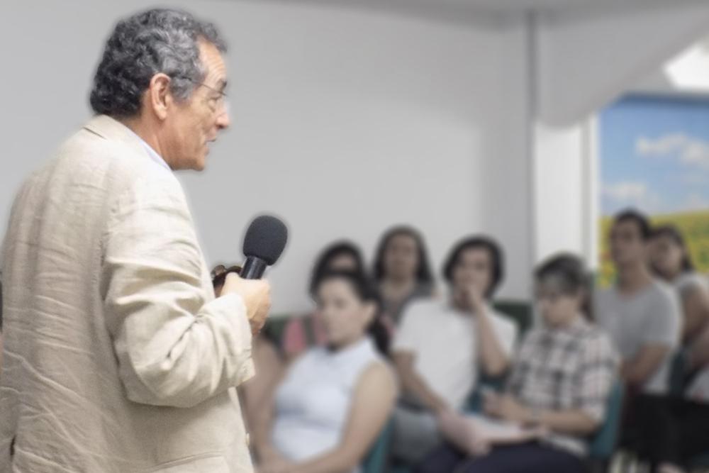 Bernardo useche- taller de prevención de suicidio
